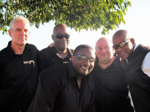 Photo of the band Out the Boxx